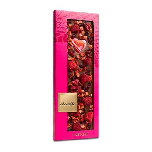 ChocoMe - Ciocolata artizanala cu lapte, zmeura, capsuni, merisoare liofilizate 110g